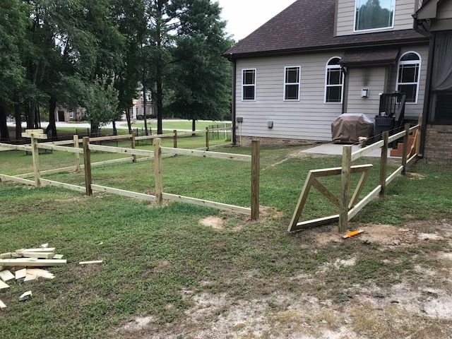 Gothic Picket Fence Slide 3